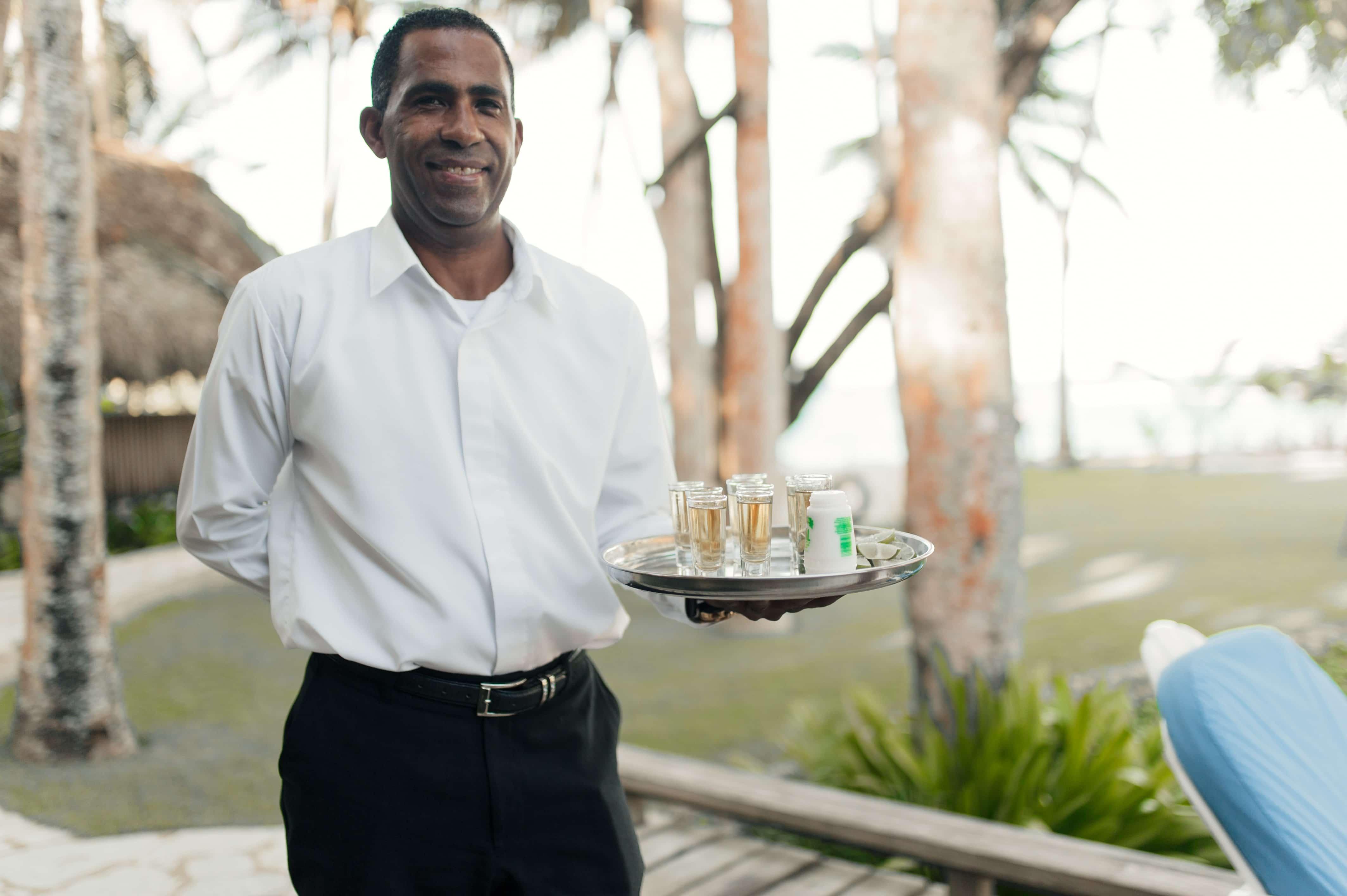 Wedding Waiter